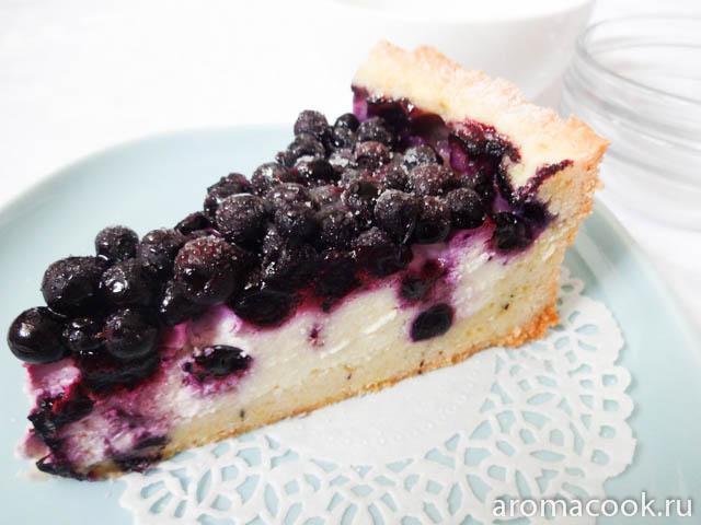 Пирог с ягодами с черникой